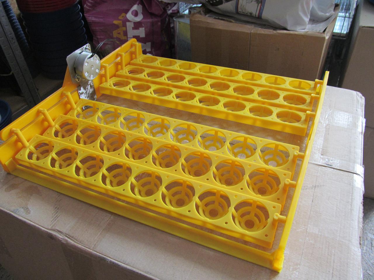 Лоток автоматического переворота куриных яиц в инкубаторе на 64 яйца