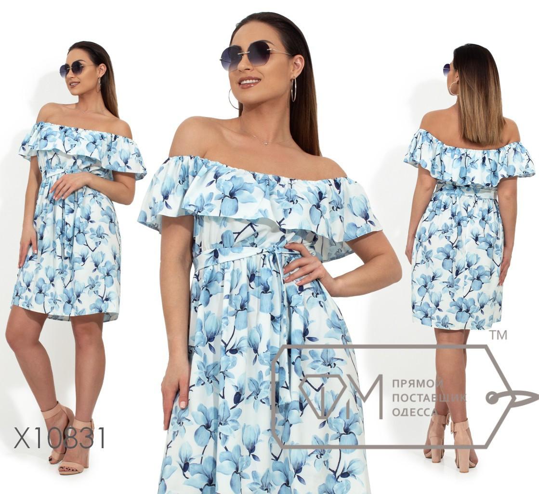 Принтованное платье в больших размерах с открытыми плечами и воланом vN344