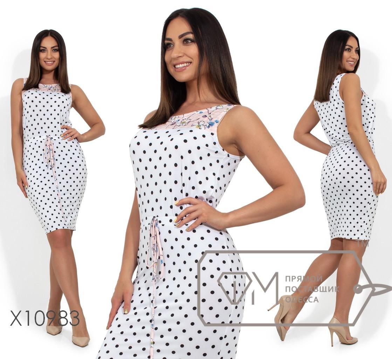 Летнее платье - футляр в больших размерах в горошек vN380