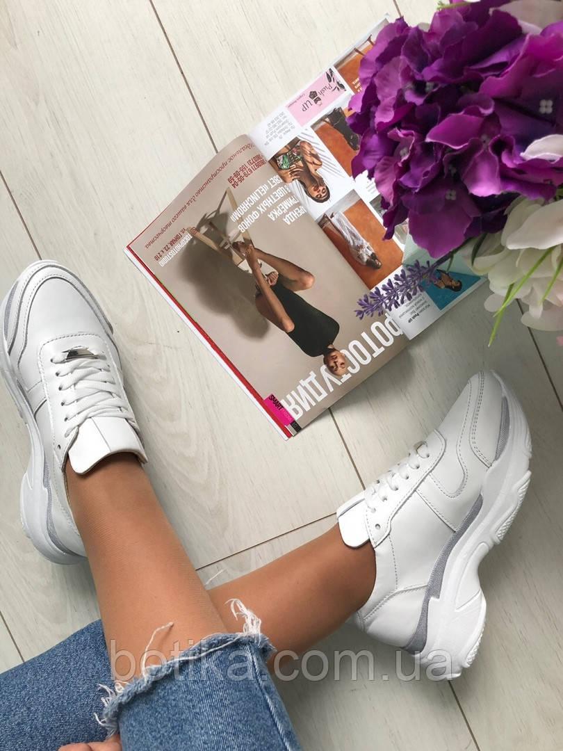Стильные женские белые кожаные кроссовки