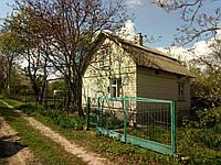 Продається приватизована садова земельна ділянка і приватизований садовий будинок біля Тернополя.