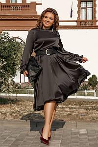Элегантное шелковое платье длины миди