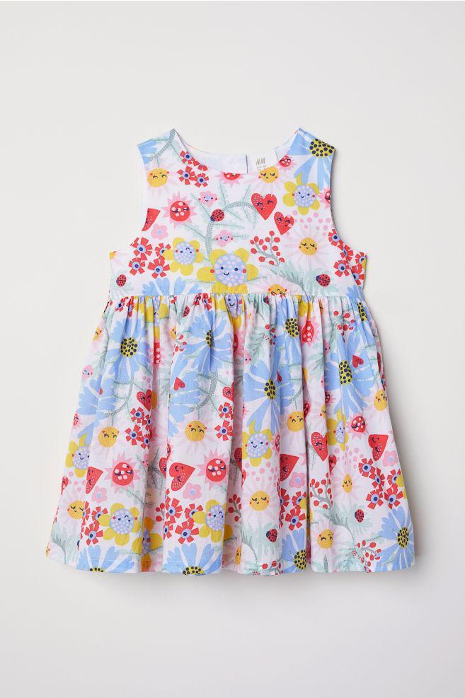 Детское красивое летнее платье в цветы  для девочки