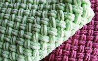 Плед детский размер 100*140 см плюшевый Ализе пуффи, ручная вязка