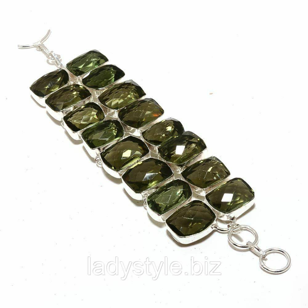 Широкий браслет- манжет с зеленым аметистом