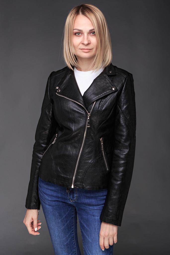 Жіноча куртка-косуха