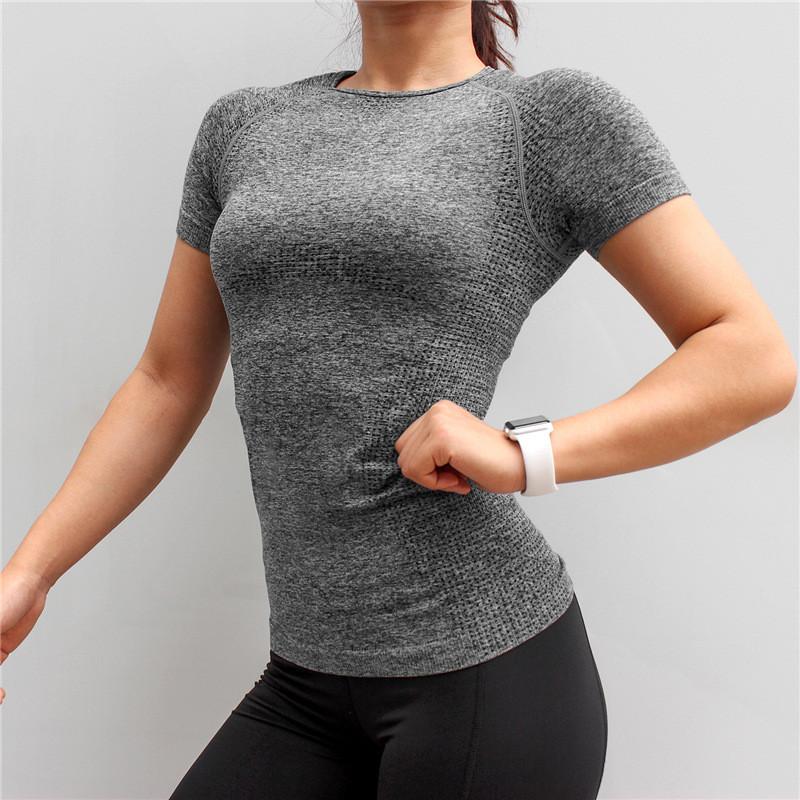 Женская футболка для фитнеса 4118