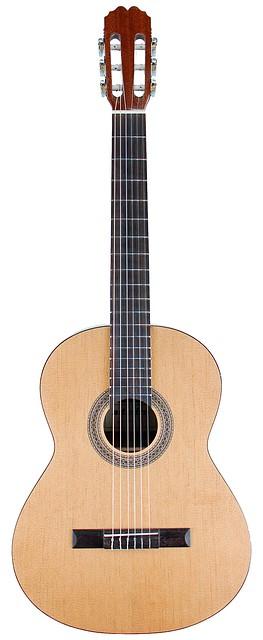 Классическая гитара ADMIRA ALBA
