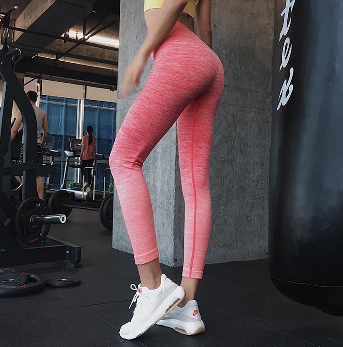 Женские спортивные лосины 4133