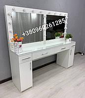 Визажный гримерный  стол для двух мастеров в белом цвете
