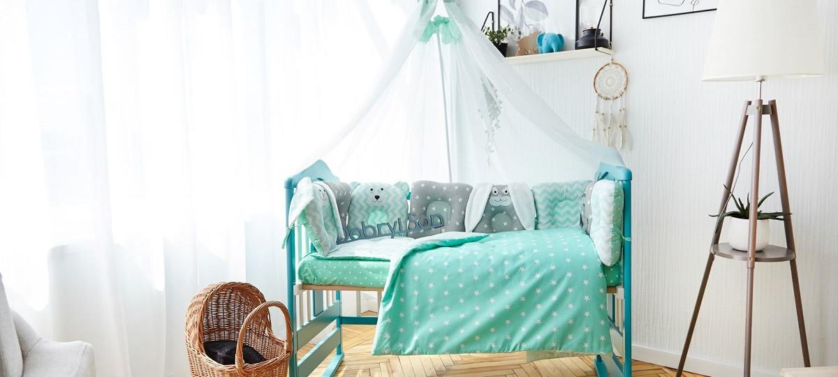 """Большой набор постельного белья с подушками и одеялом в кроватку """"Лесные звери"""" в расцветках мятный с серым"""