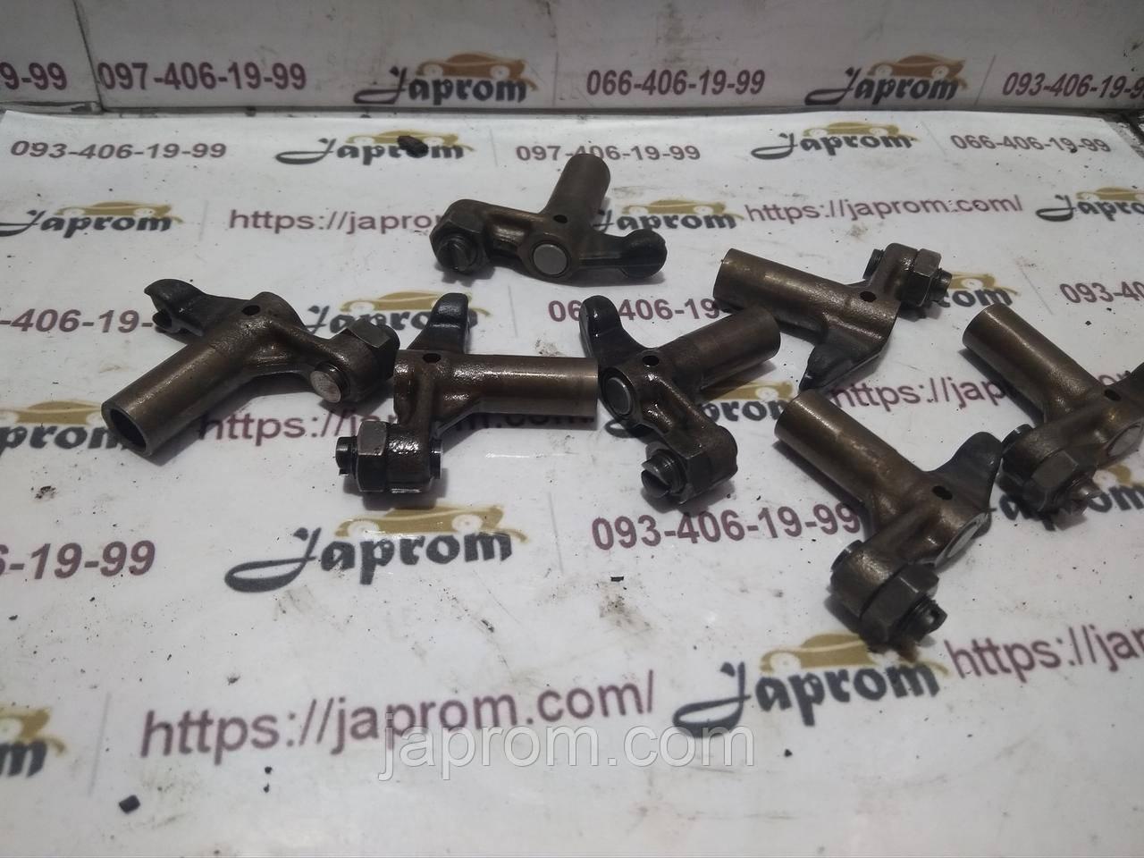 Коромысло клапана Mazda 3 5 6 MPV Premacy 626 323 RF2A RF4F RF5C RF7G 2.0 CDI