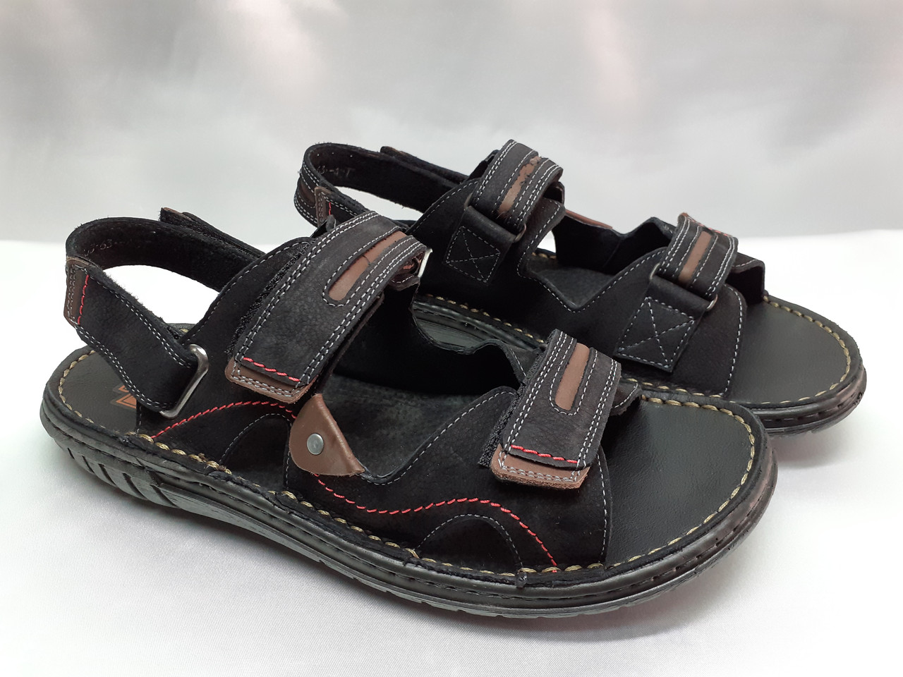 Мужские чёрные сандалии на липучках Detta