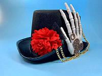 Шляпа скелета в мексиканском стиле с рукой и цветком - аксессуар для вашего образа