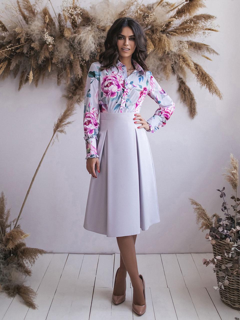 Светло-серое Платье с имитацией блузки