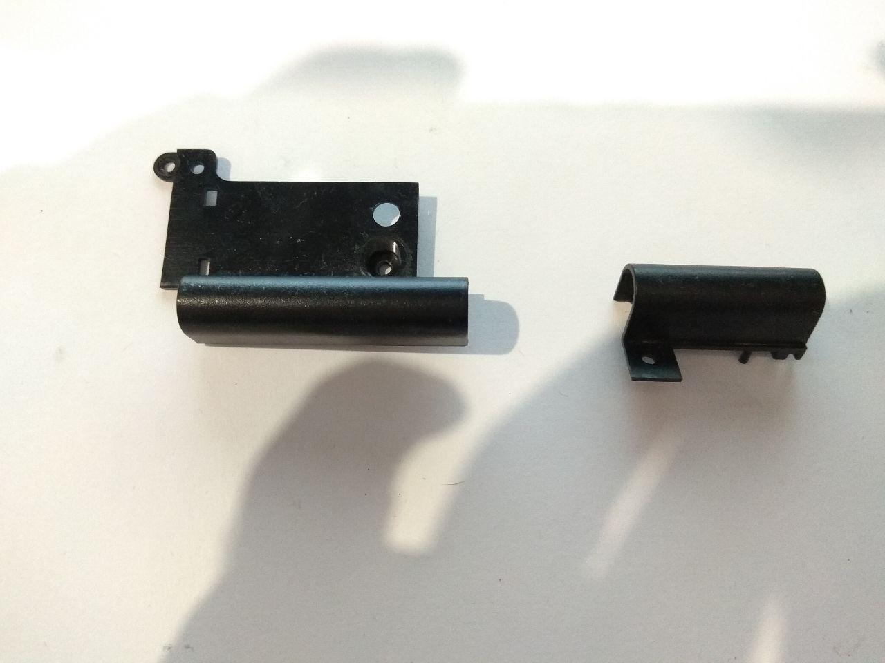 LG R405 заглушки петель бу