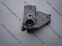 Кронштейн подушки двигателя верхний ВАЗ 2112 (пр-во АвтоВАЗ)