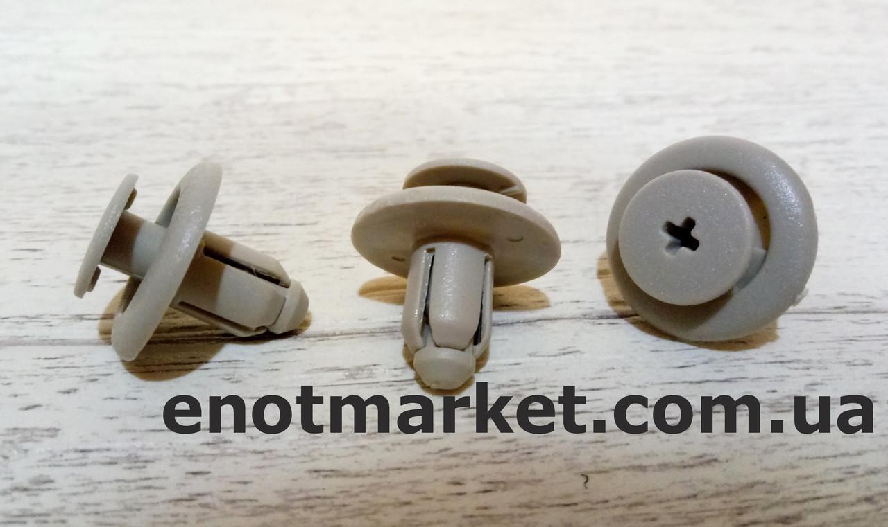 Крепление накладки бампера Nissan, Infiniti. ОЕМ: 94858864, 0155308061, 0155306941