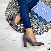 Туфли коричневые женские на каблуке, фото 3