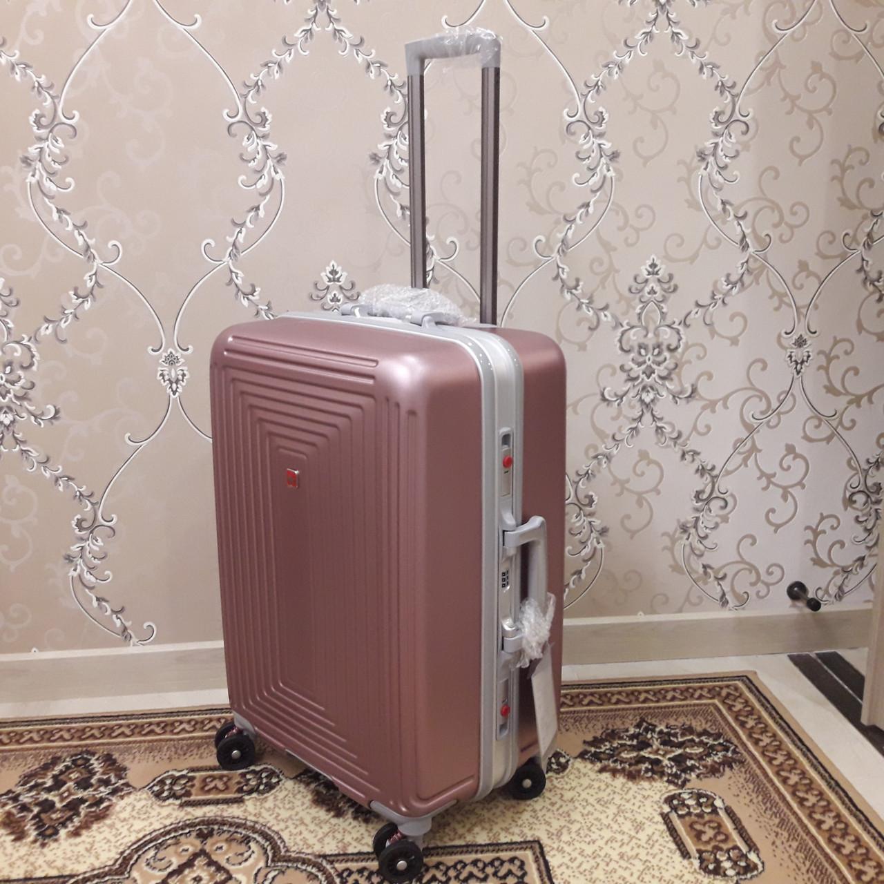 Надежная дорожная сумка 61 42 31 см