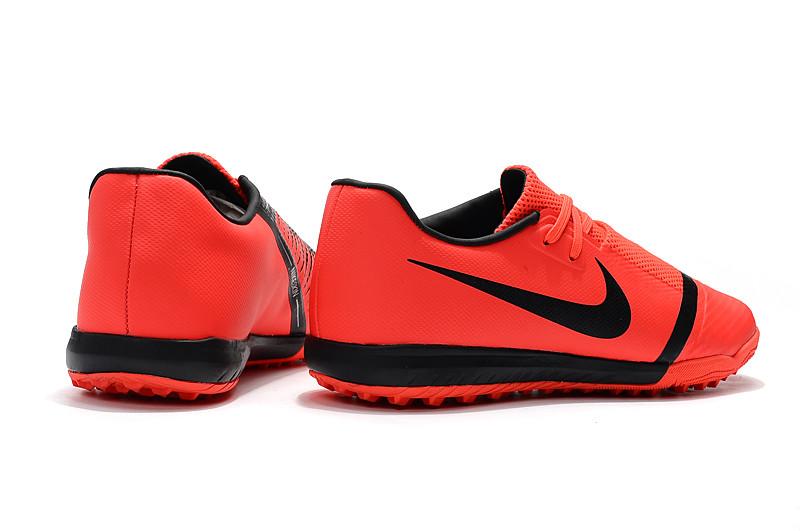 Футбольные сороконожки Nike Phantom VNM Academy TF