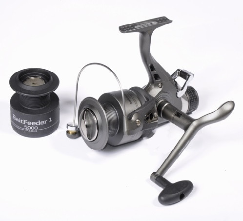Катушка Salmo Sniper Baitfeeder 1 5000BR (2750BR)