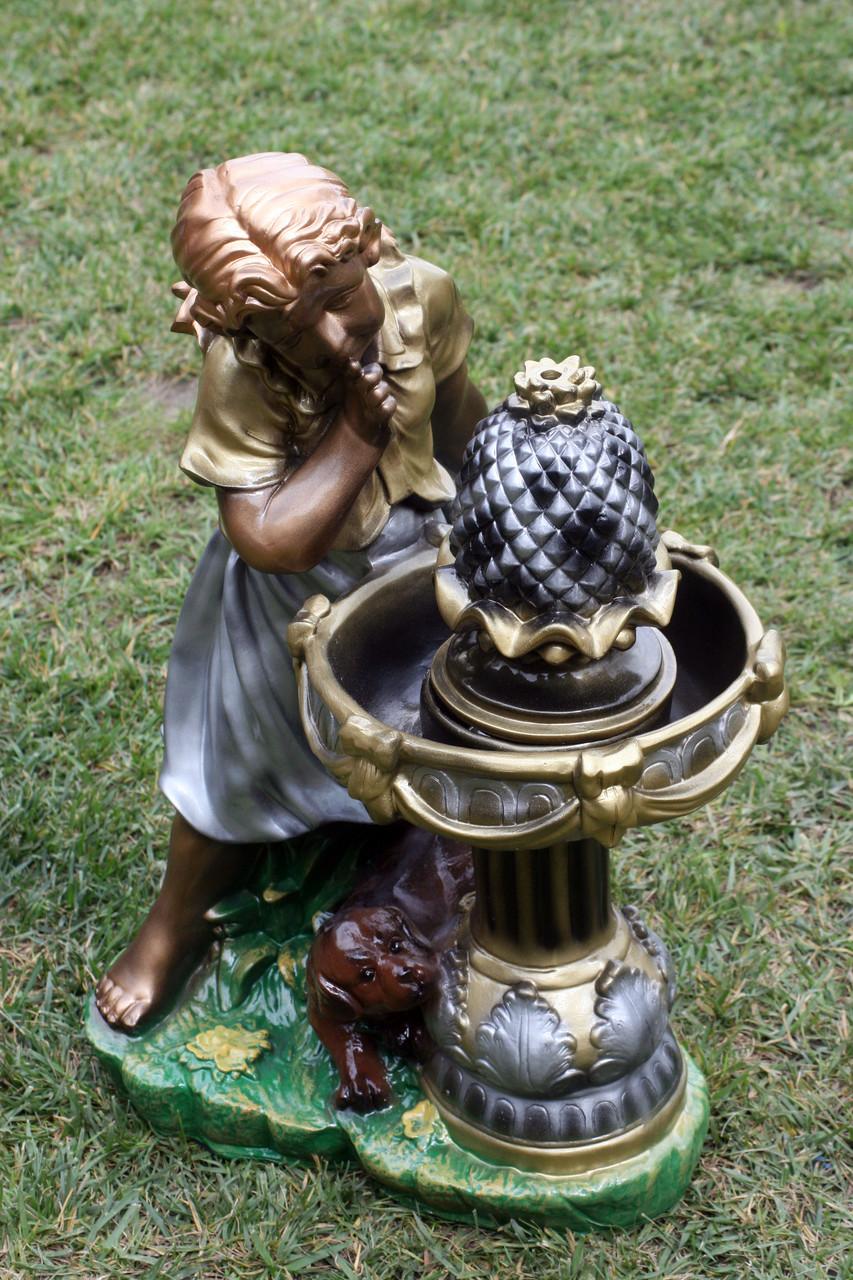 """Фонтан """"Дівчина біля фонтану"""""""