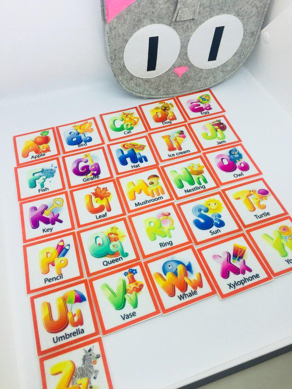 Азбука английская 26 букв по типу Монтессори и Сумка- котик для хранения