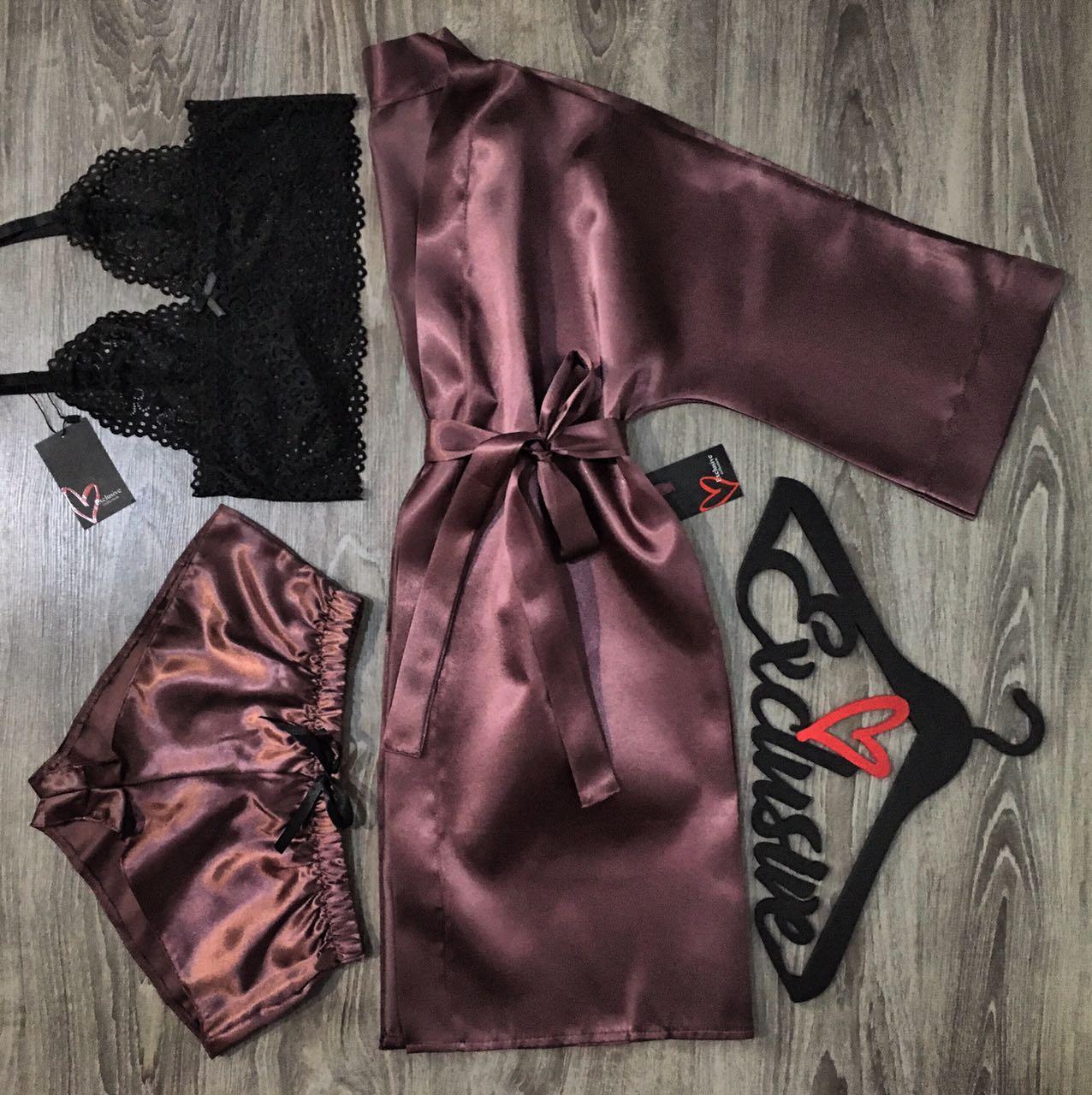 Халат+ пижама(бюстгальтер и шорты)-комплект.