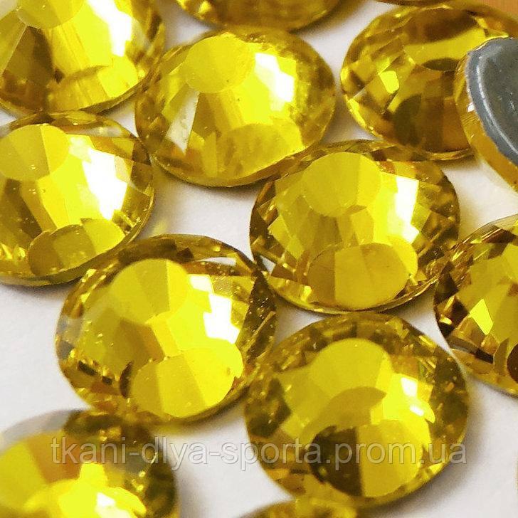 Стразы Pellosa Premium citrine (Корея) термоклеевые SS-16, SS-20