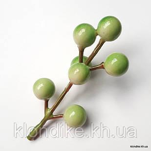 Веточка с ягодками, пенопласт, d - 12 мм, Цвет: Зелёный (7 ягод)