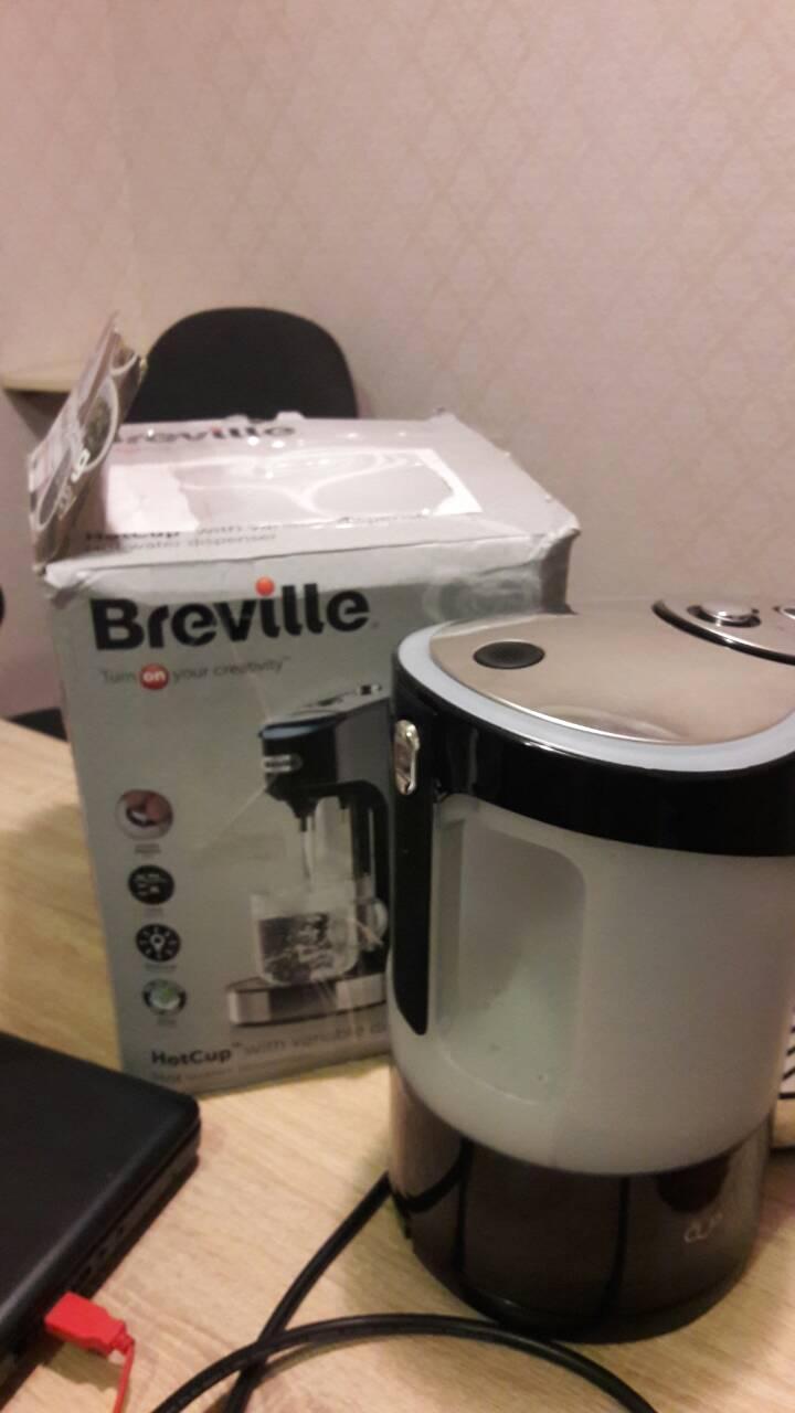 Диспенсер для горячей воды Breville HotCup с регулируемым расходом, 2,0 литра, черный глянец