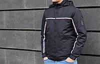 Мужская черная куртка с лампасами