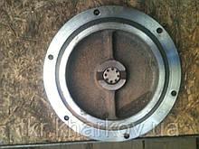 Крышка редуктора бокового  Т-150 (150.39.105-3)