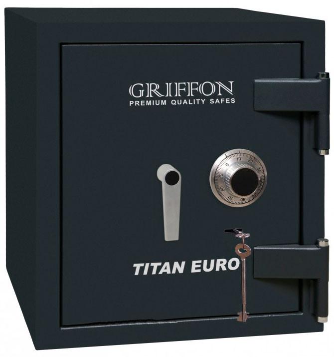 Огневзломостойкий сейф GRIFFON CLE.II.68.КС черный (Украина)