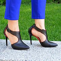 Туфли женские кожаные на шпильке, цвет черный