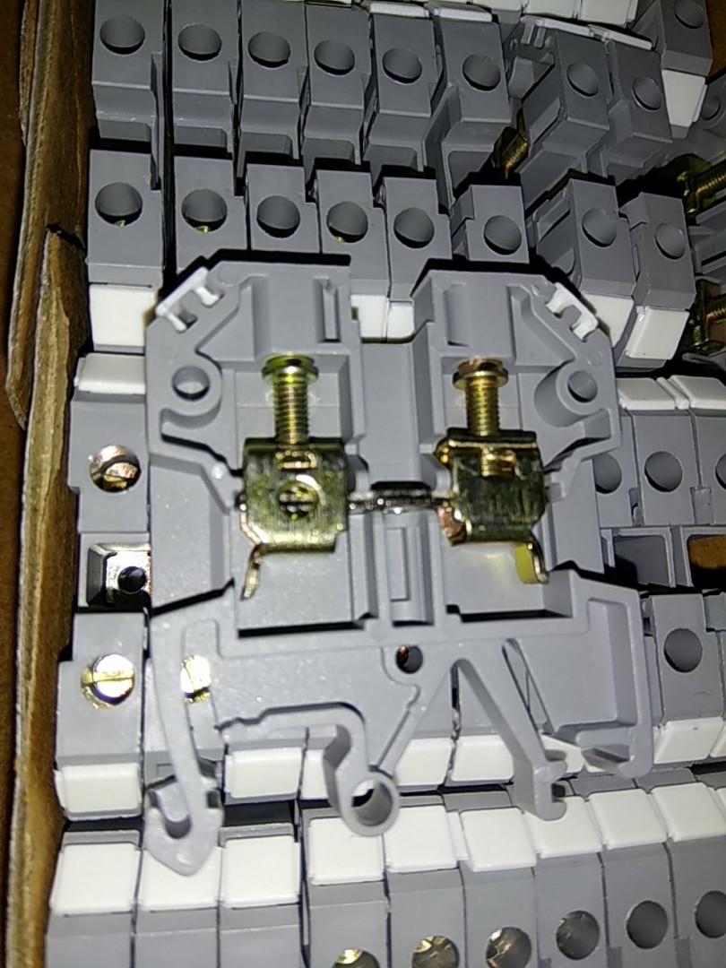 Клеммник JXB наборный 16 /35 сечение min/max 0,5-16 цвет - серый/Клеммник JXB наборный 16 /35 сечение min/max