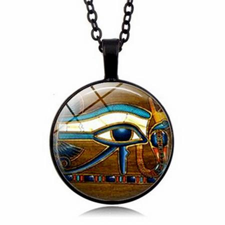 Кулон с египетским Глазом Гора
