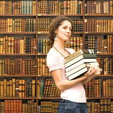 Література з суспільних та гуманітарних наук