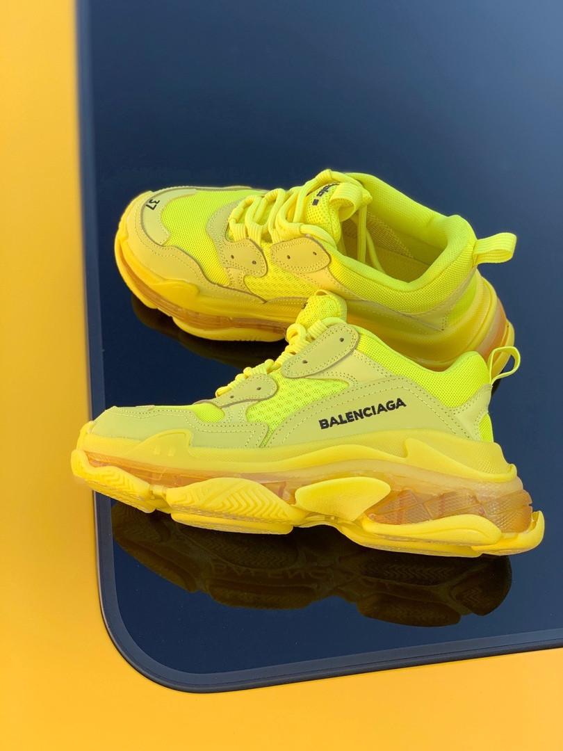 """Женские кроссовки Balenciaga Triple-S """"Yellow"""" в стиле Баленсиага"""