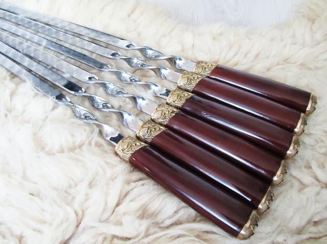 Наборы шампуров с деревянными ручками и художественным литьем из бронзы
