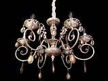Классическая люстра с изящным резным декором, фото 2