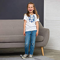 Трикотажная детская футболкас вышивкой