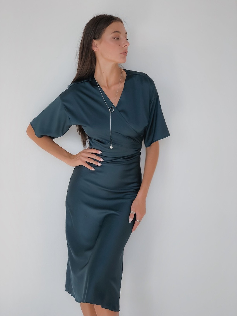 """Шелковая женская блуза на запах """"Dayna"""" с декольте и коротким рукавом (7 цветов)"""
