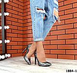 Классические кожаные туфли лодочки на шпильке под рептилию, фото 2