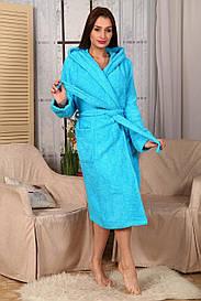 Женский махровий халат.