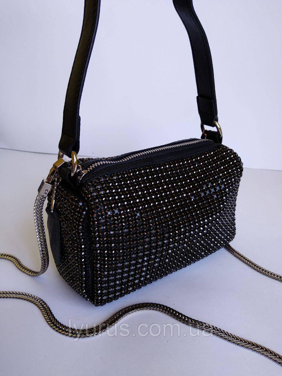 Женская кожаная сумка со стразами черная