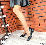 Черные, красные, пудровые элегантные замшевые туфли на каблуке, фото 9