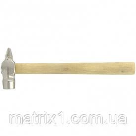 Молоток слесарный, 600 г, круглый боек, деревянная рукоятка Россия