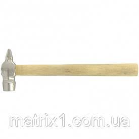 Молоток слесарный, 800 г, круглый боек, деревянная рукоятка Россия